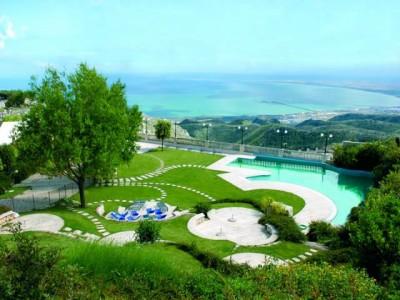 Vacanze sul Gargano in Hotel 4 Stelle e Masserie
